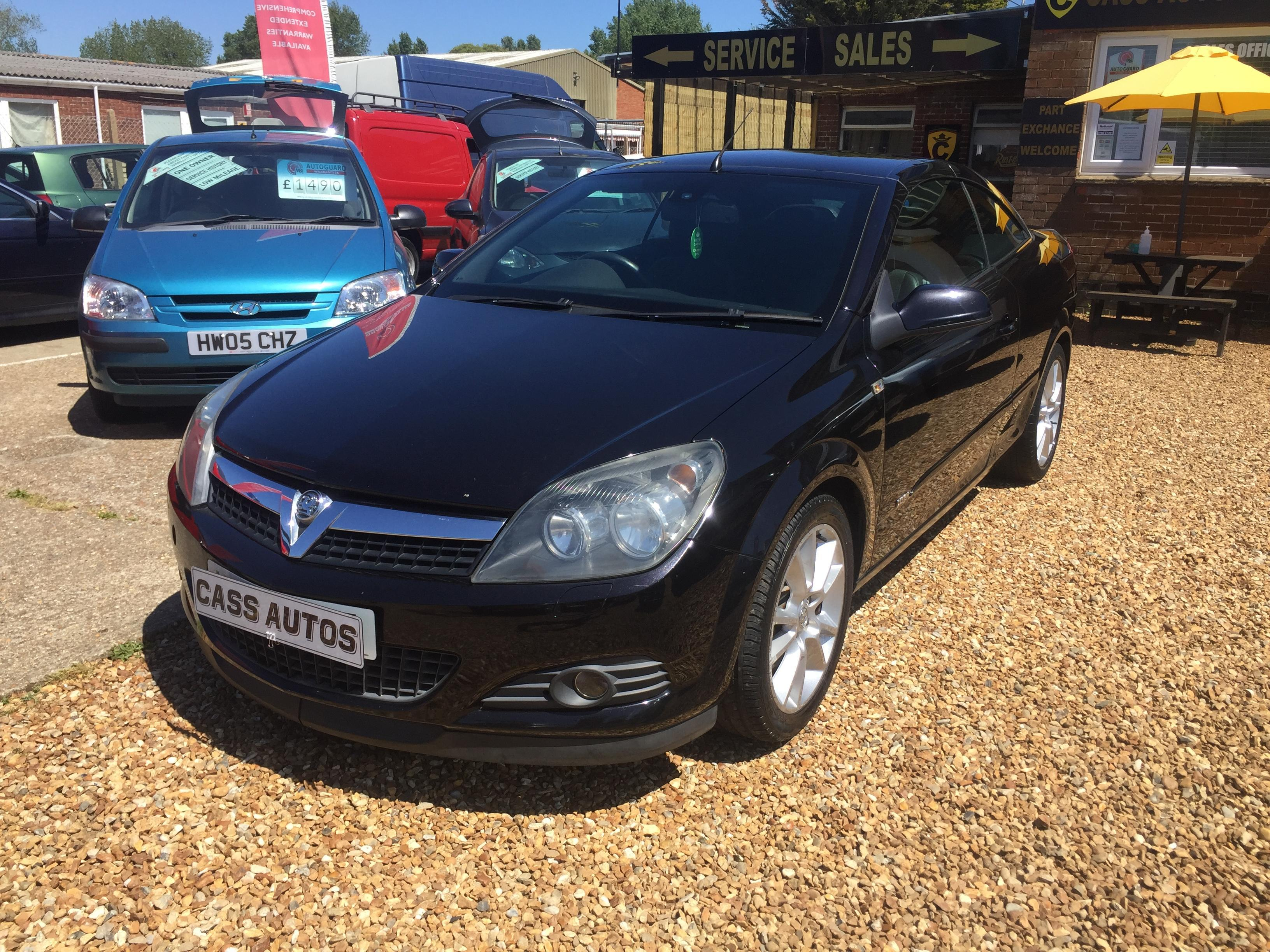Vauxhall Astra 1.9L Convertible 2006