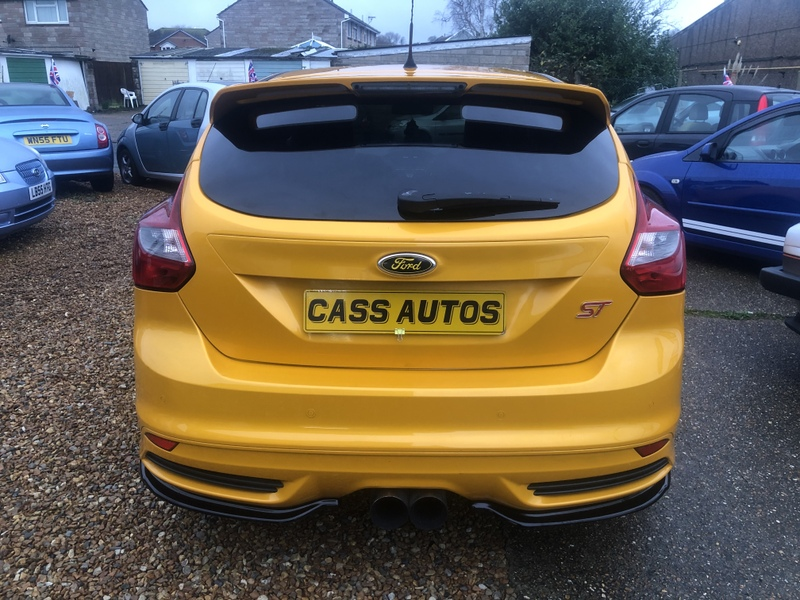 Ford Focus ST-2 2012